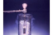 Temperature and electrical resistance demonstration by immersing a wire coil in liquid nitrogen.